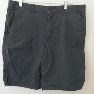 Magellan Outdoors Men's Grey Shorts Size 33W